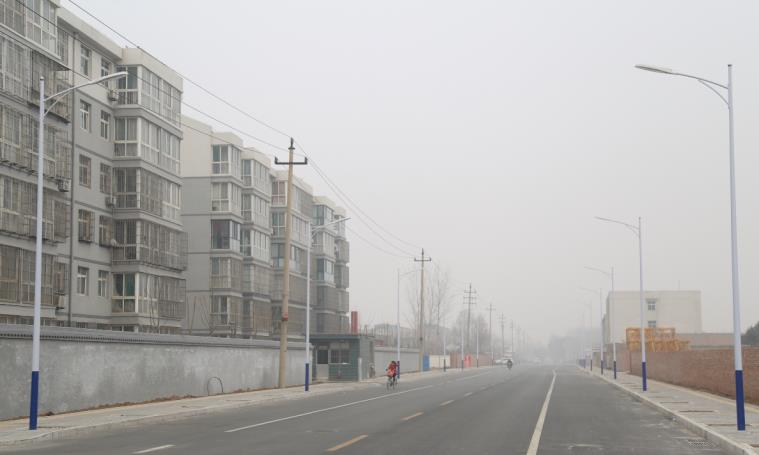 Linyi Garden East Road high and low arms led street lights and high pole lights start construction