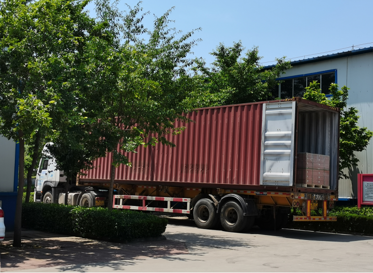 Kaichuang LED street lamp export foreign trade orders will be shipped soon